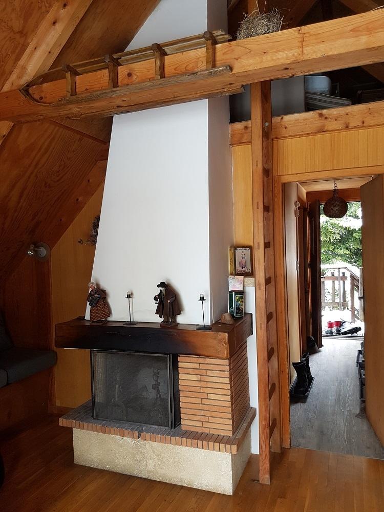 raout cheminee - ANCELLE Chalet pour vos vacances (4 couchages )   Possibilités 10 couchages