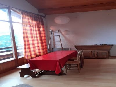 table a manger - SAINT-LEGER-LES-MELEZES T2 DE 70 m²(7 COUCHAGES)