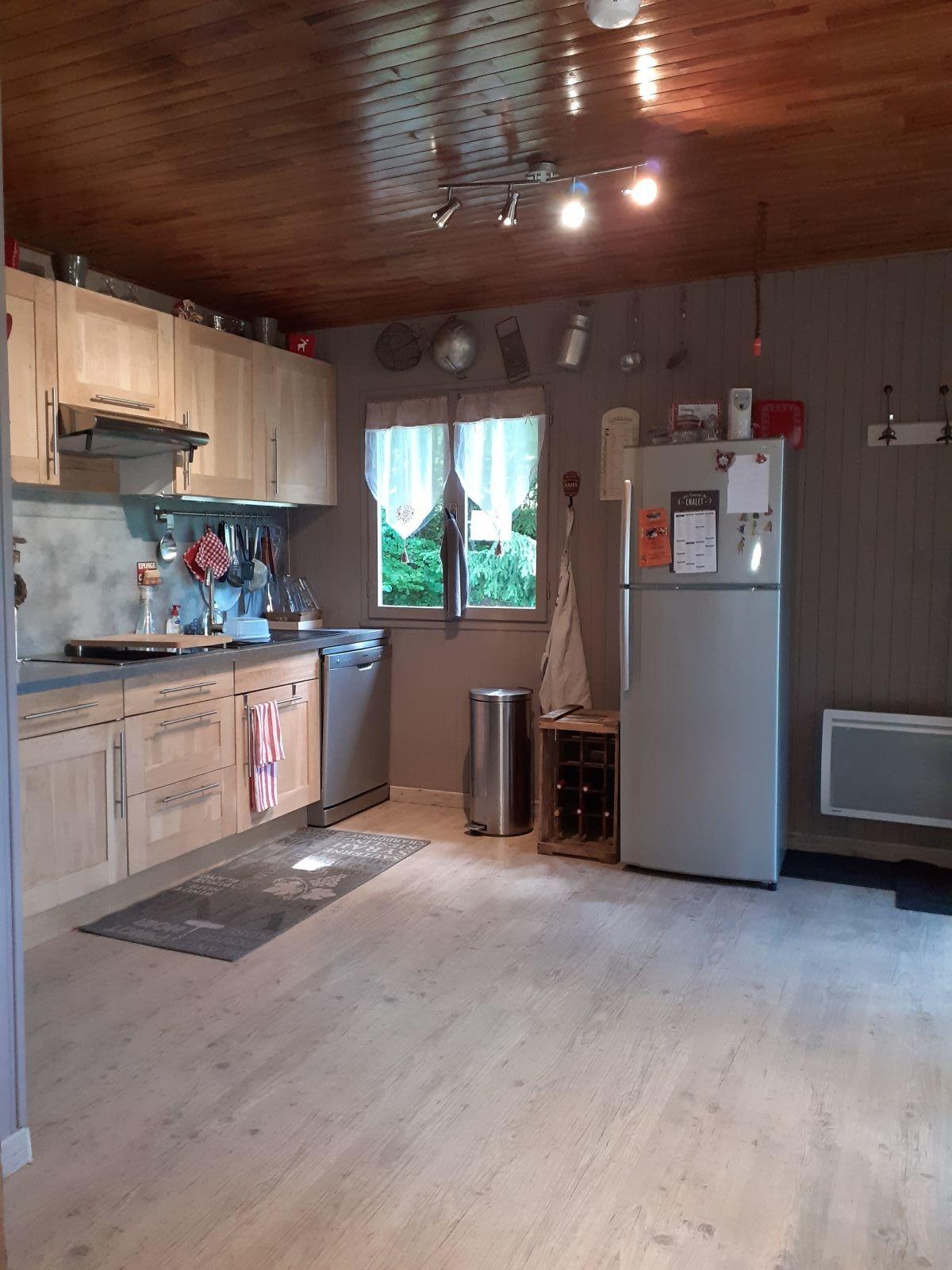 cuisine en entier - ANCELLE CHALET DE 85 m² ( 6 COUCHAGES) AUX FAIX
