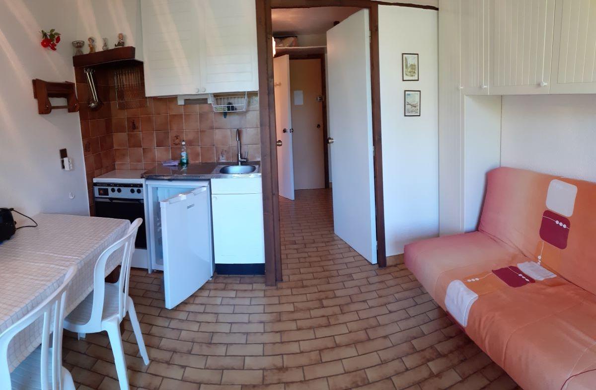 salon 5 - ANCELLE STUDIO DE 20 m² ( 4 COUCHAGES) AVEC BALCON