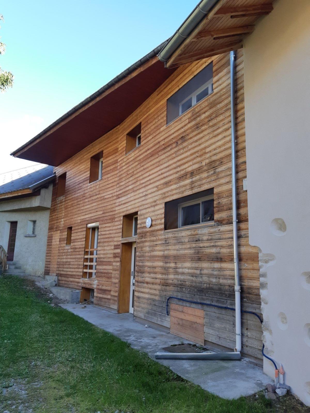 resized 20200901 183430 - ANCELLE T4 DE 84 m² ( 6 COUCHAGES) AU CENTRE DU VILLAGE