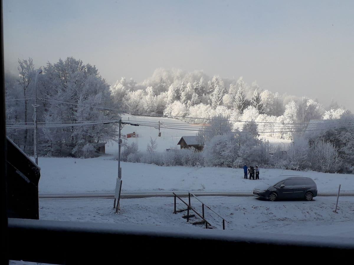 ancelle sous la neige balcon - ANCELLE T2 DUPLEX DE 35 m² (5/6 COUCHAGES) LES TAILLAS